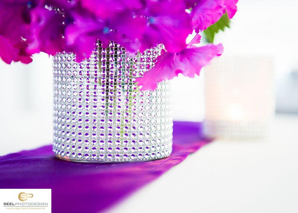 Hochzeit-Tischdeko-Glitzer-lila